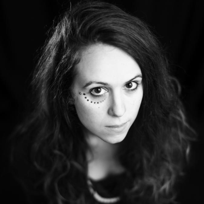 Ana Dess, artiste sans frontières